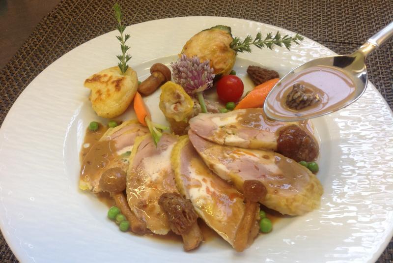 Jambonette de poulet du Gers farcie aux langoustines