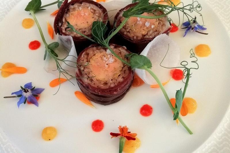 Magret séché, foie gras mi-cuit et sauce aigre douce à la bière